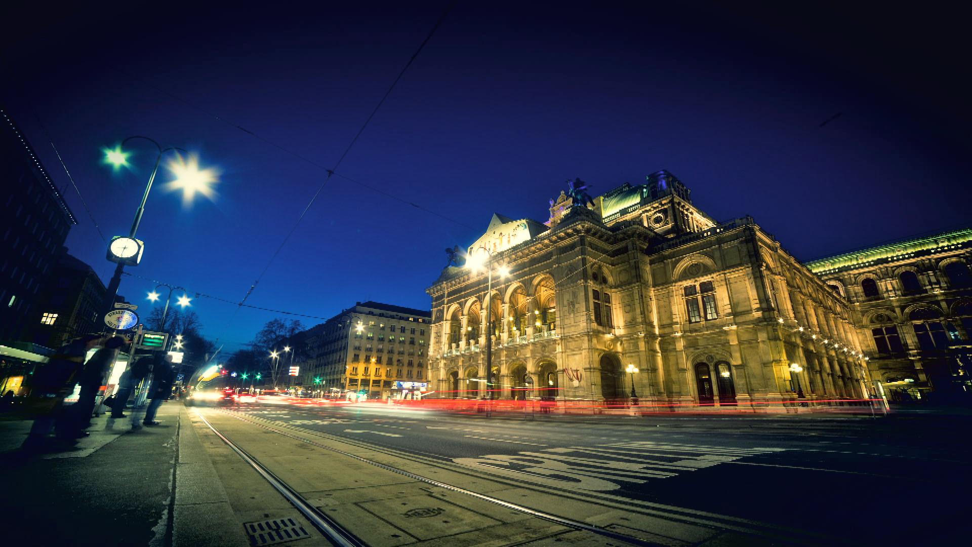 Ringstrasse_03_Oper_bei_Nacht_Filmspektakel