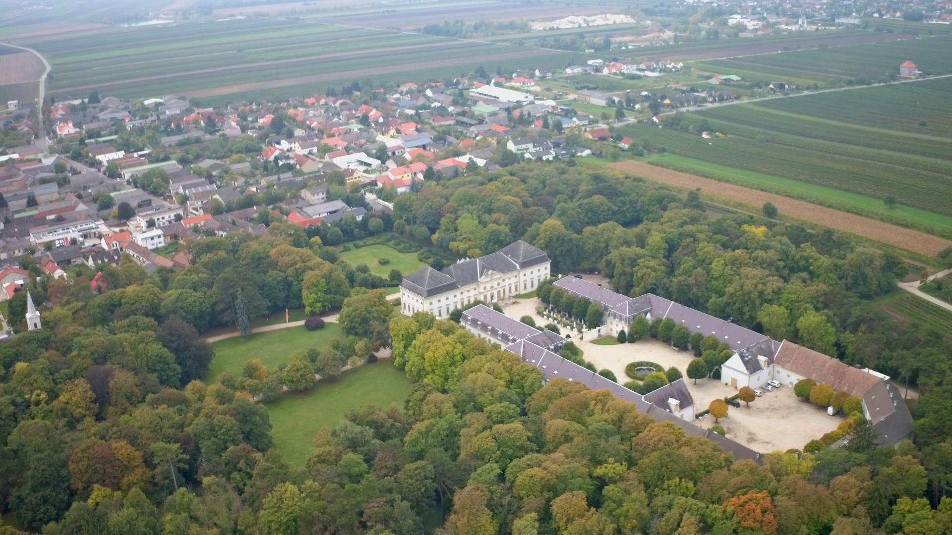 Schloss-Halbturn02_ Clever-Contents_Oliver-Indra
