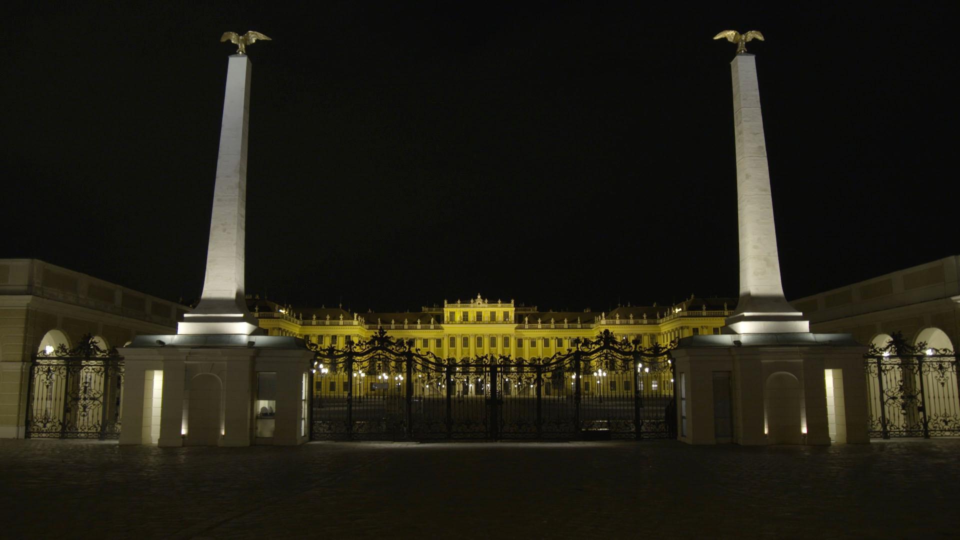 Schloss_Schönbrunn_bei_Nacht